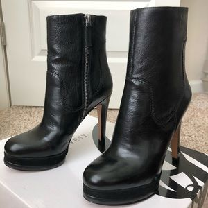 NIB Nine West Black Leather Platform Booties